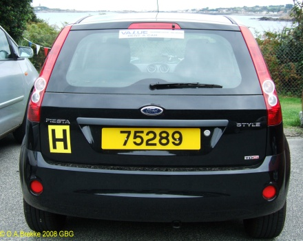 Guernsey normal series rear plate hire car 75289.jpg (71 kB)