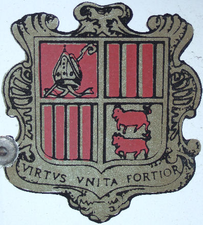 Andorra coat-of-arms former style.jpg (56 kB)