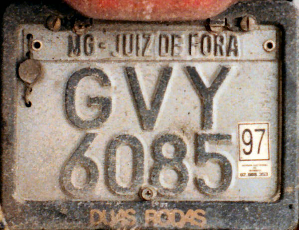 Brazil normal series motorcycle former style close-up GVY 6085.jpg (10 kB)