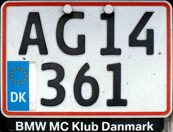 Denmark former motorcycle series close-up AG 14361.jpg (131 kB)