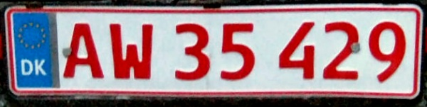Denmark secondary plate close-up AW 35429.jpg (44 kB)