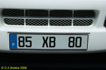 France former normal series front plate 85 XB 80.jpg (35 kB)