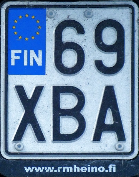 Finland motorcycle series close-up 69 XBA.jpg (159 kB)