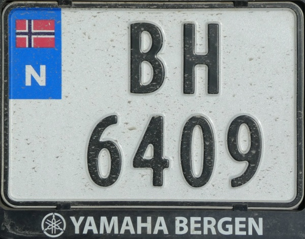 Norway motorcycle series close-up BH 6409.jpg (158 kB)