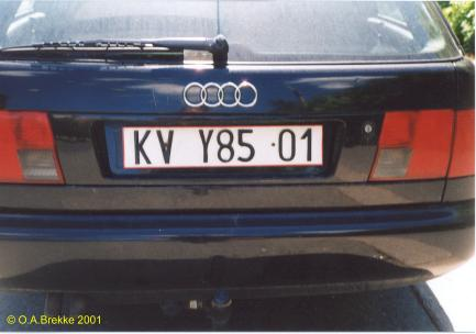 Poland former normal series unofficial plate KV Y85 01.jpg (19 kB)