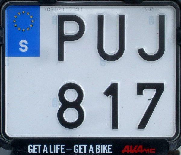 Sweden normal series motorcycle former style close-up PUJ 817.jpg (100 kB)